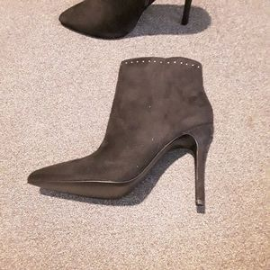 🆕️ Charles David | Studded Stiletto Ankle Boots